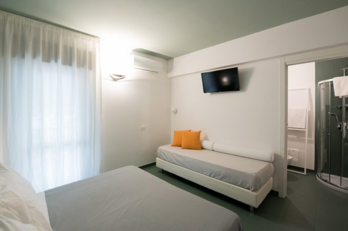Tripla Luxus Oikos Bed And Breakfast